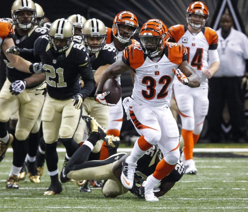 Former LSU star Jeremy Hill helps carry Bengals over struggling Saints _lowres