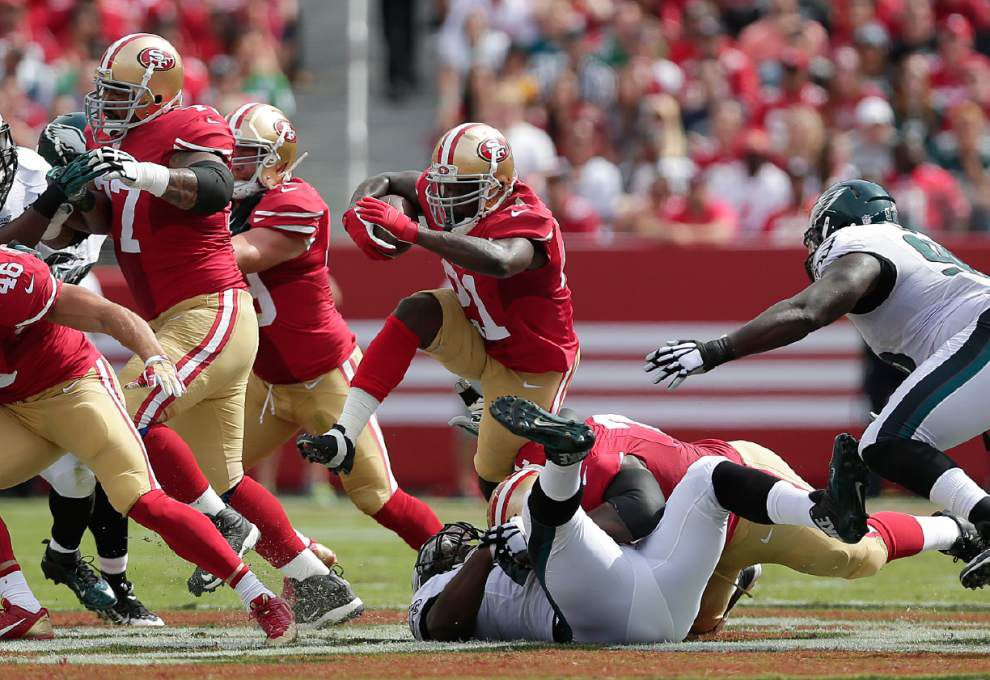 Frank Gore powers 49ers past Eagles _lowres