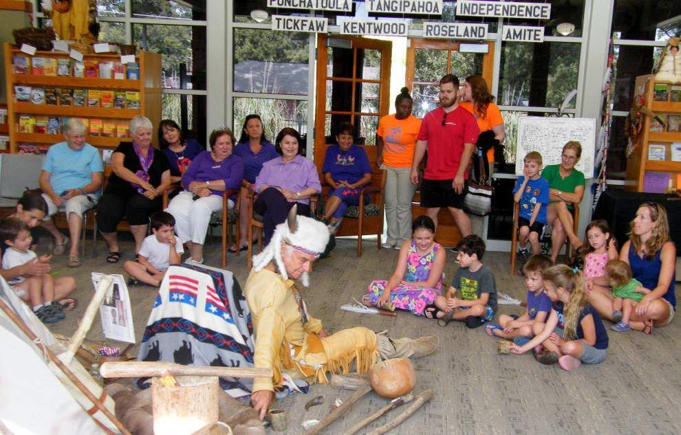 Man shares insight into Native American culture, traditions _lowres