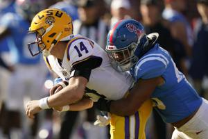 After LSU's strong start, Ole Miss takes over and downs Tigers 31-17