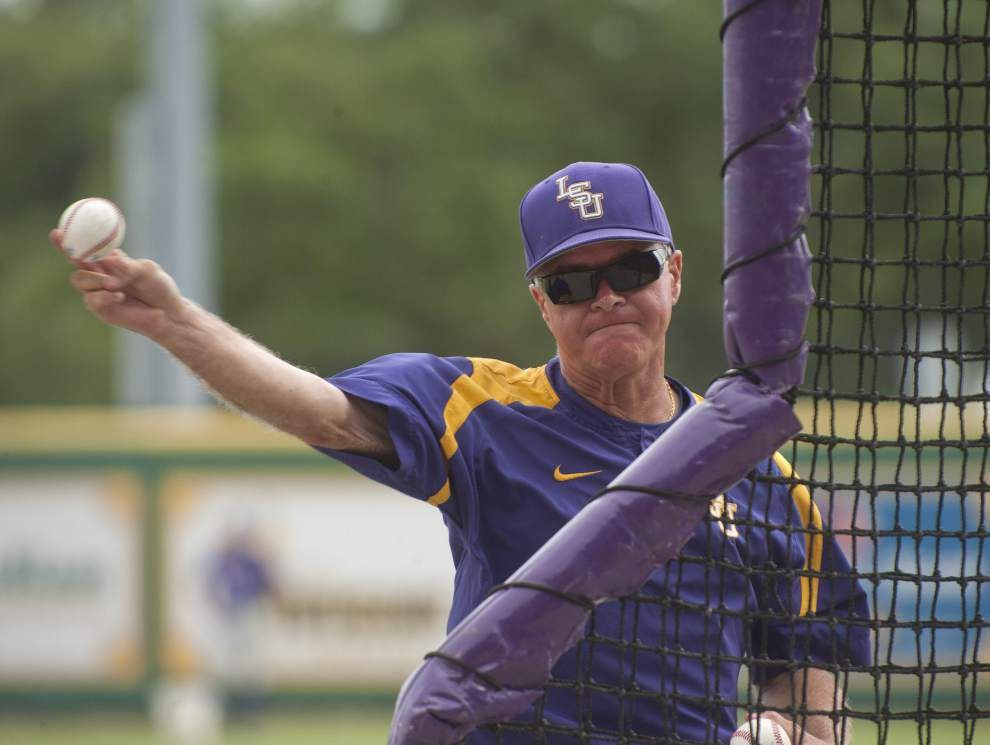 LSU baseball adds sidearm pitcher Strall to 2014 class _lowres