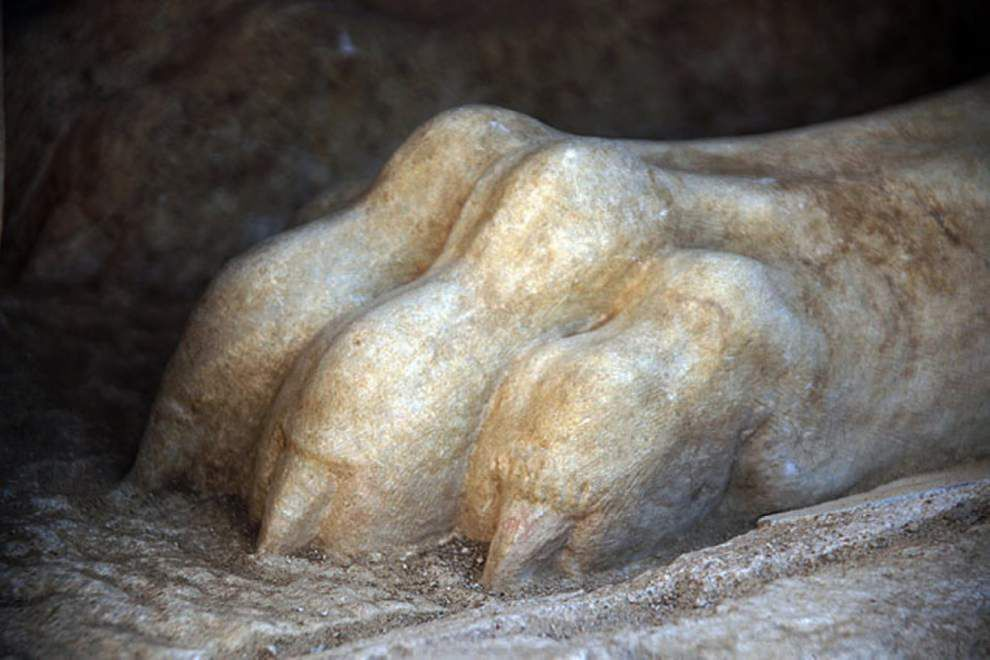Greek archaeology site sparks intense interest _lowres