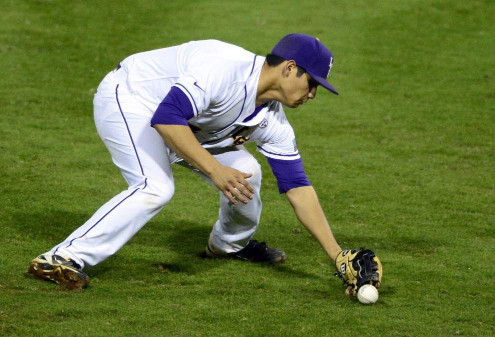 LSU pitchers combine for three-hitter in 6-0 win against Grambling _lowres