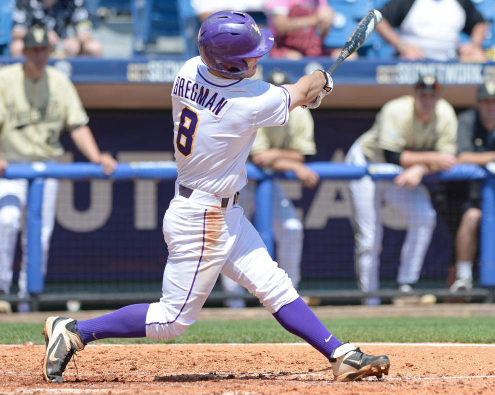 LSU whips Vanderbilt 11-1 to open SEC tournament _lowres