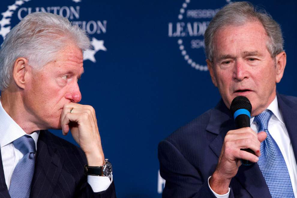 Clinton, Bush launch new scholars program _lowres