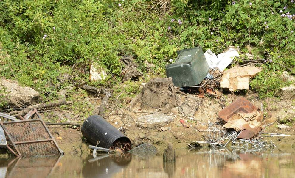 Acadiana alliance focuses on cleaning up Vermilion River _lowres