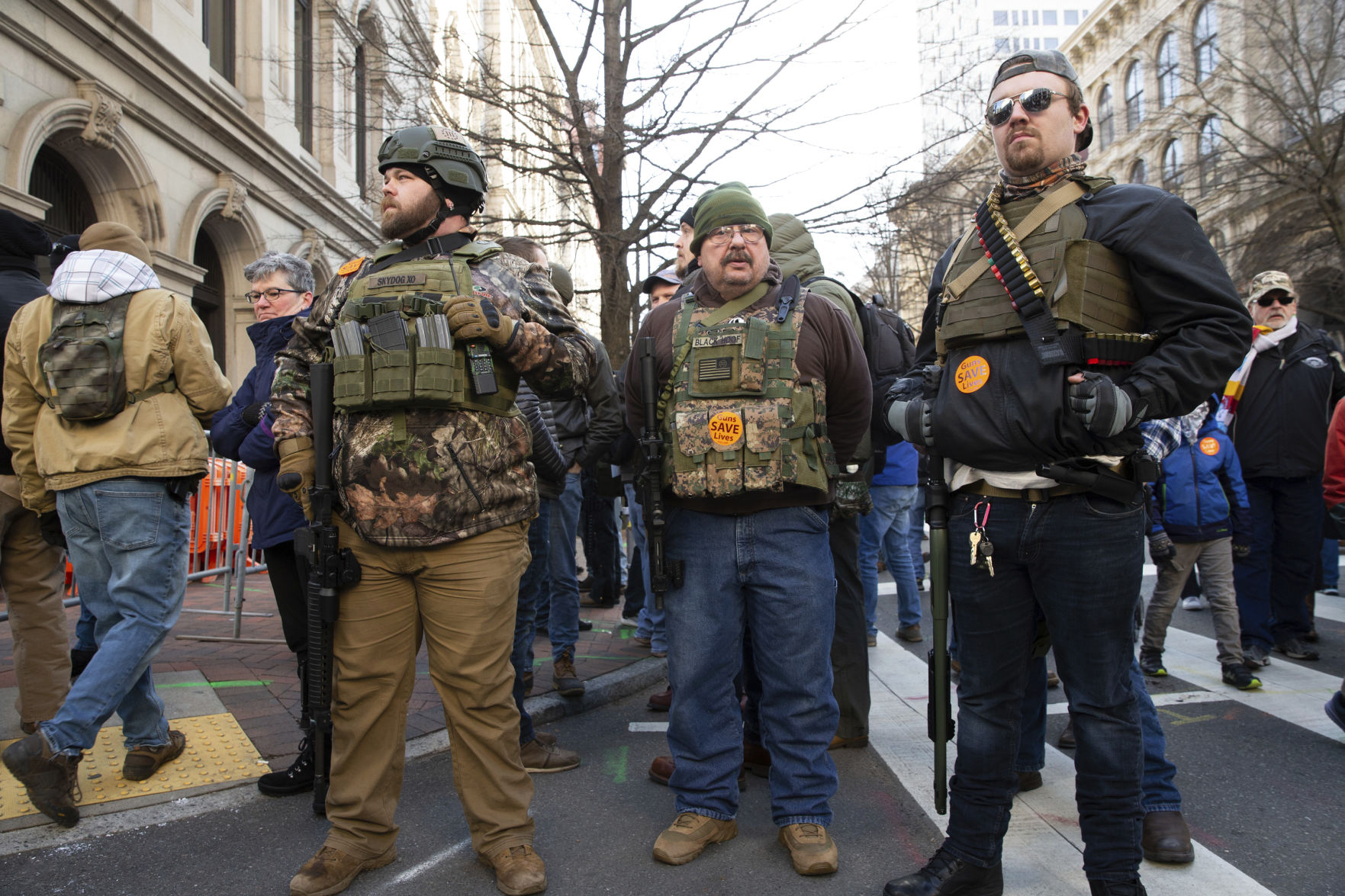 Ed Pratt: A black crowd armed to the teeth would get a different reaction, anywhere
