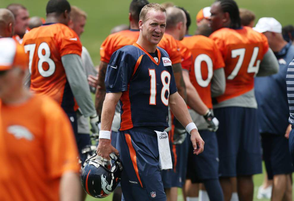 Peyton Manning 'dance' shows he's not all business _lowres