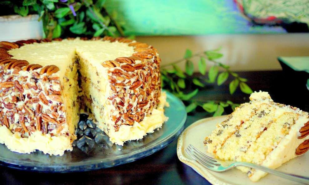 Incredibly Tender Italian Cream Cake _lowres