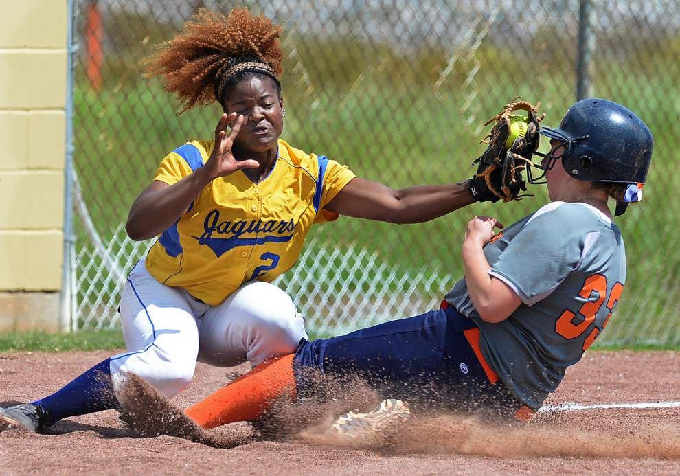 Southern softball team relishes chance at second turnaround _lowres