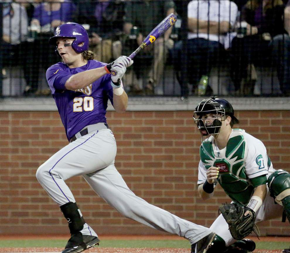Happy homecoming: Ex-Tulane star, LSU hitting coach Andy Cannizaro's Tigers rout Tulane _lowres