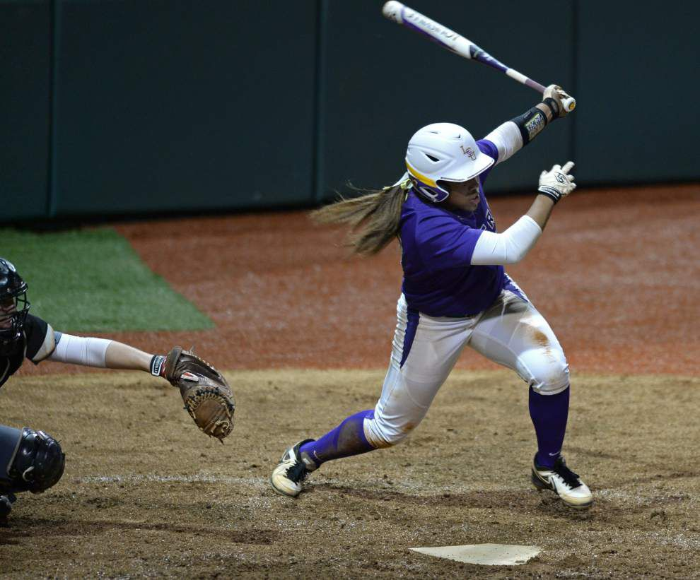 LSU's Bianka Bell and Carley Hoover score SEC softball honors; team hosts South Alabama at 6 p.m. Tuesday _lowres