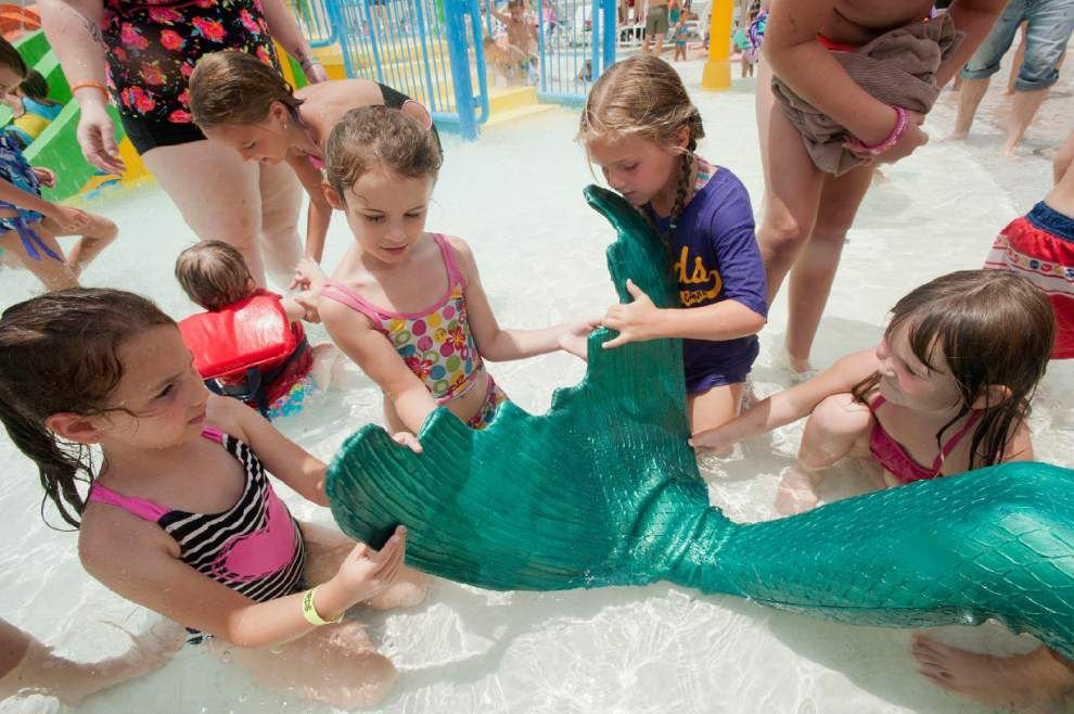 Louisiana Mermaid made surprise visit at North Park's AQUA PARDS _lowres