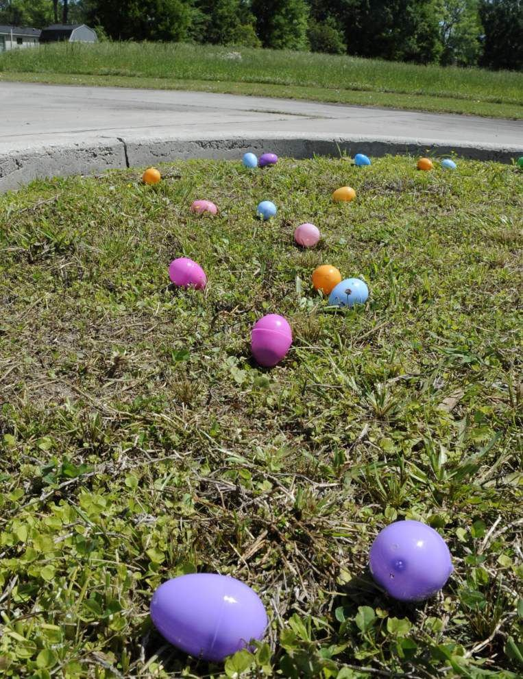 Photos: Community Egg Hunt _lowres