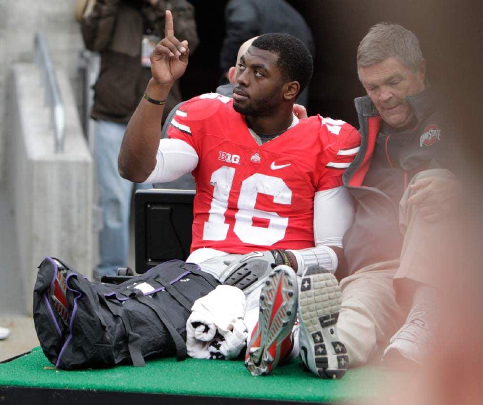 No. 7 Ohio State powers by Michigan, loses quarterback J.T. Barrett _lowres