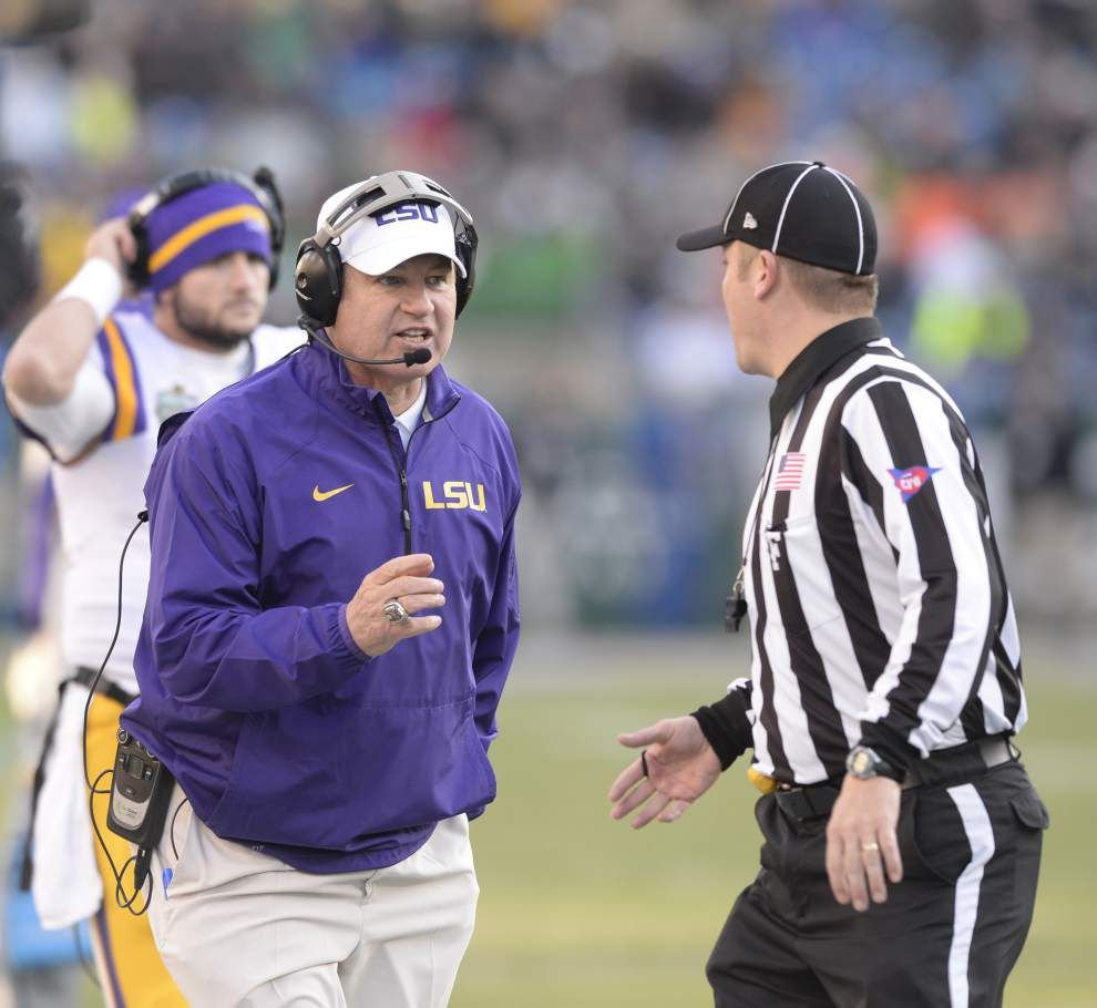 Photos: Tigers battle the Fighting Irish _lowres