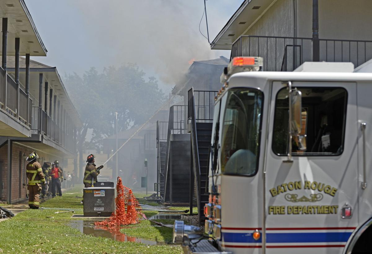 Eight Families Including Flood Survivors Lose Housing In Highland Road Apartment Fire Crime