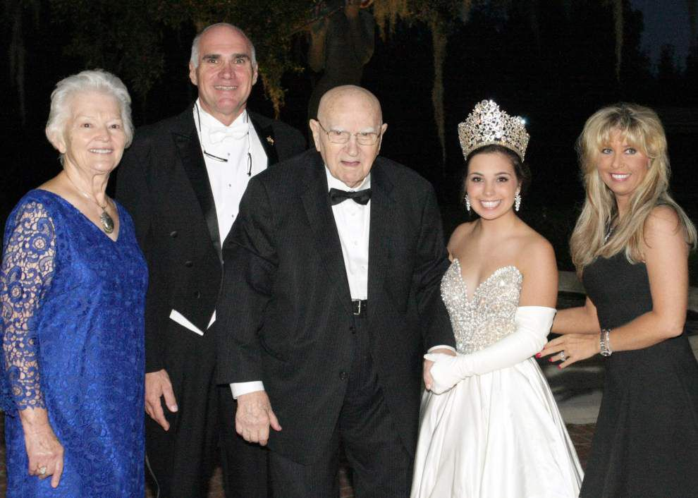 Metairie's young Argus queen draws strength from Carnival legacy _lowres