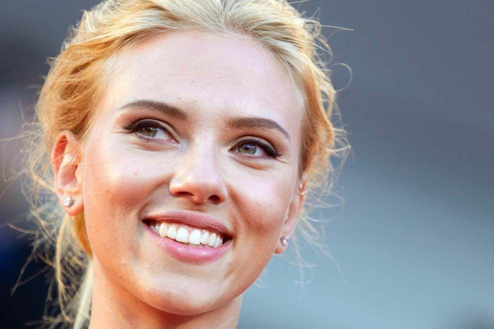 Oxfam accepts Scarlett Johansson's resignation _lowres