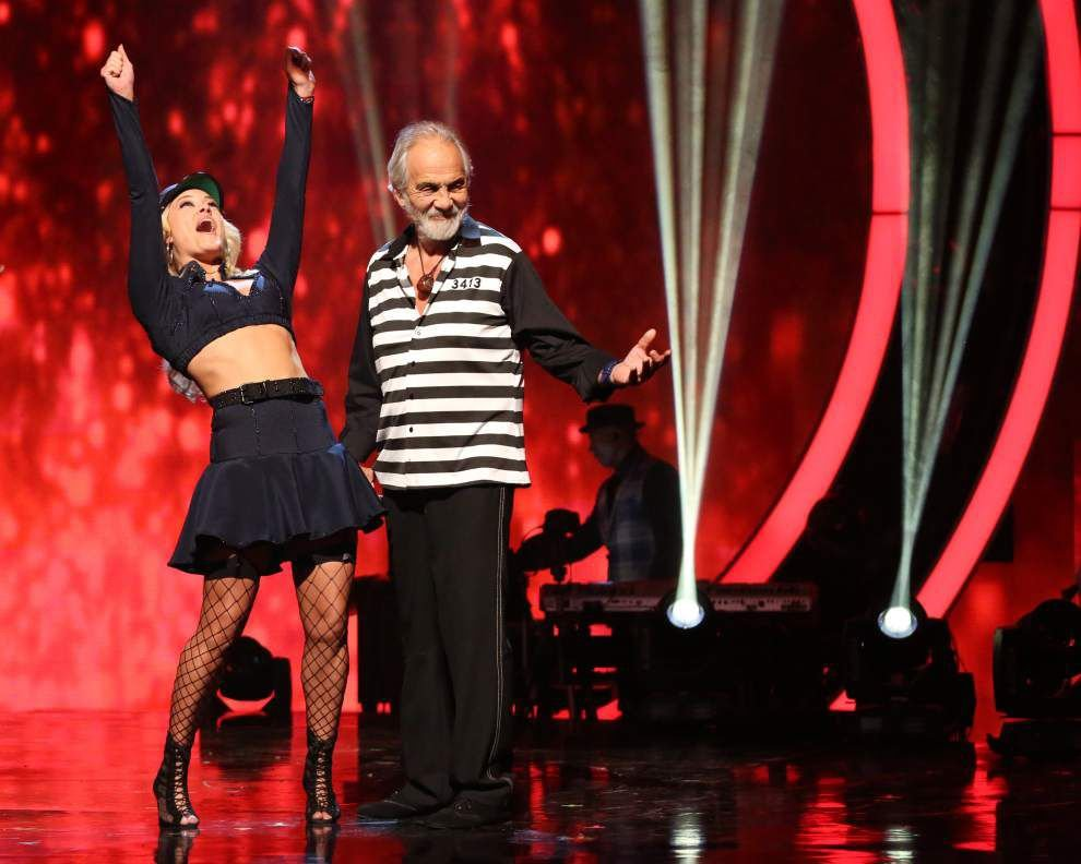 'Duck Dynasty' star,Tommy Chong have this in common: They're still in 'DWTS' competition _lowres