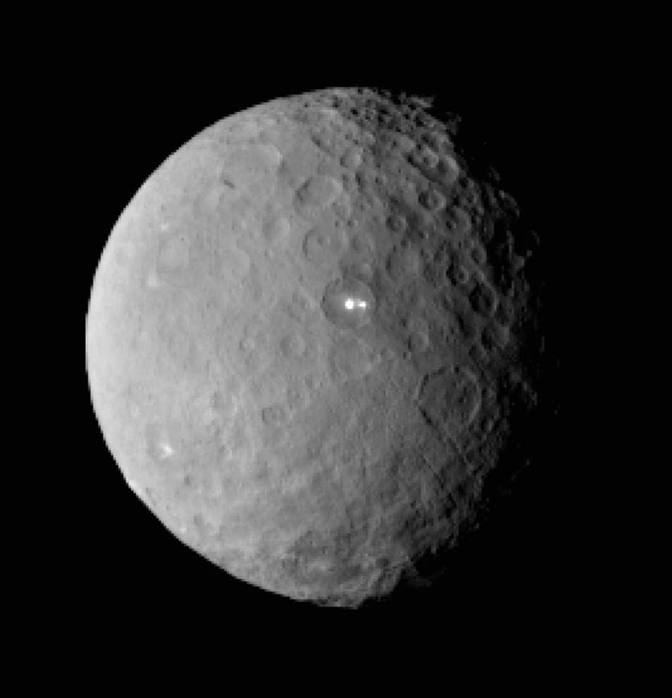 NASA craft circling dwarf planet Ceres, ready to explore 'this alien, exotic world' _lowres