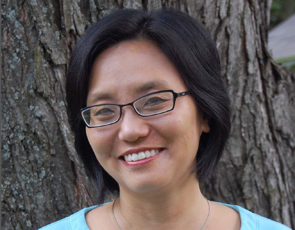 Author Linda Sue Park to discuss book via Skype Tuesday in Lafayette _lowres