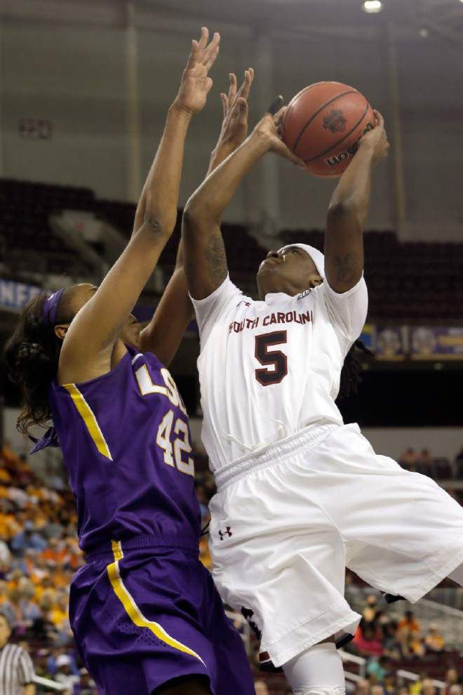 South Carolina wears down Lady Tigers 74-54 to bounce LSU in the SEC semifinals _lowres