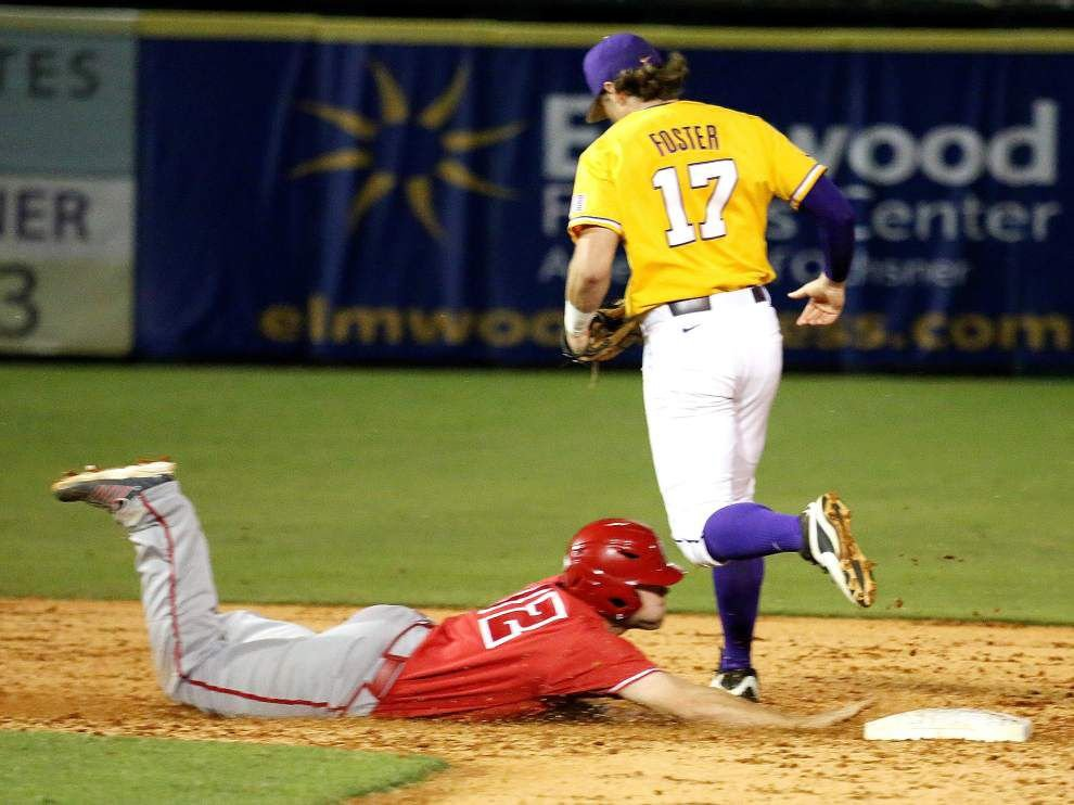 CST broadcasting LSU-UL-Lafayette baseball game in New Orleans on a delay _lowres
