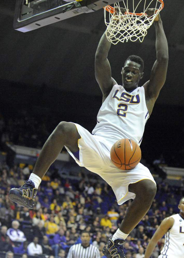 Video: LSU forward Johnny O'Bryant III's press conference declaring for the NBA draft _lowres