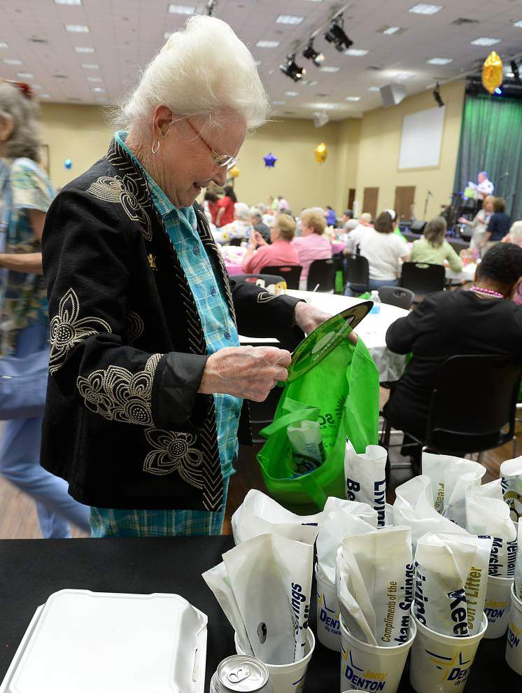 Expo provides health, crime information to seniors _lowres