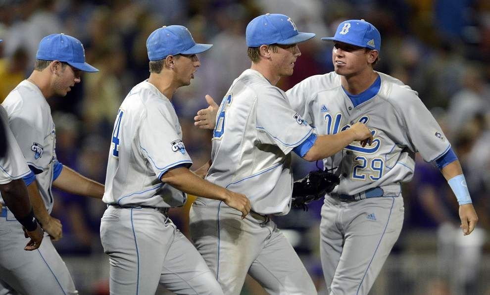 It's a numbers game: Roster limits and some tough scholarship math make reaching the College World Series tougher than ever _lowres