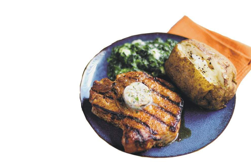 Dry-Rubbed Porterhouse Pork Chops With Steakhouse Butter _lowres