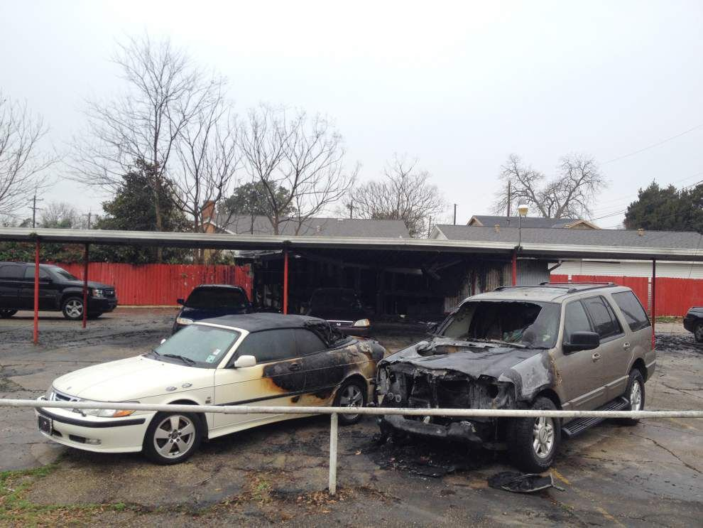 Investigators: Moss Street fire set intentionally _lowres