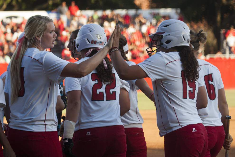 Cajuns softball opens NCAA play with a win over Texas Southern _lowres