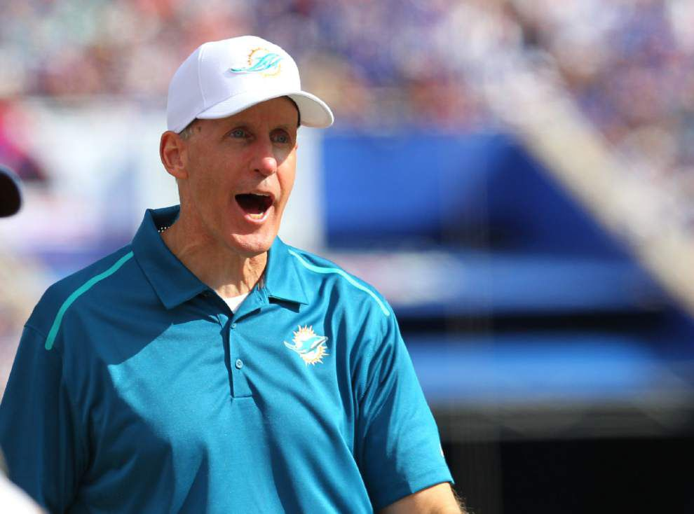 Dolphins coach Joe Philbin regrets making quarterback comments a 'distraction' _lowres