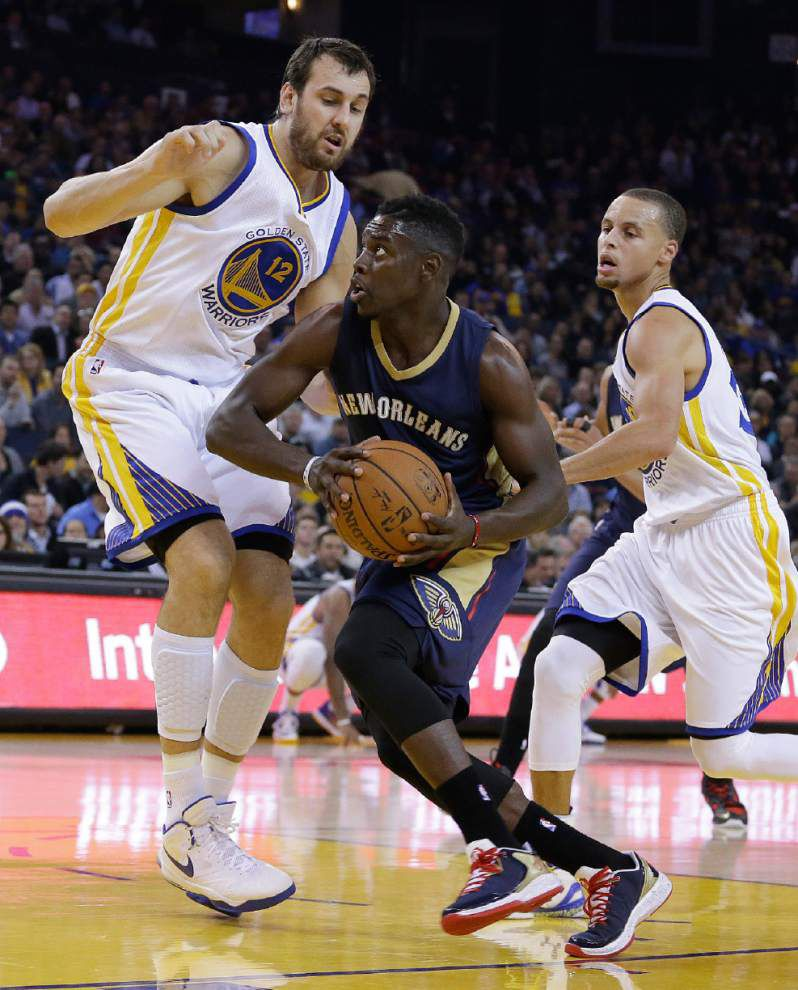 Pelicans' success lies with star Davis _lowres