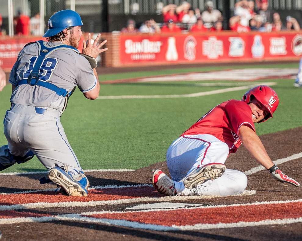 Kyle Clement's infield single boosts Cajuns to 3-2, walk-off victory over Texas-Arlington _lowres
