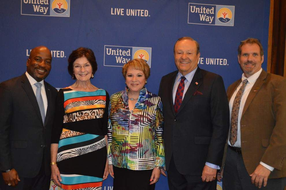 Leaders, donors gather for United Way ceremony _lowres