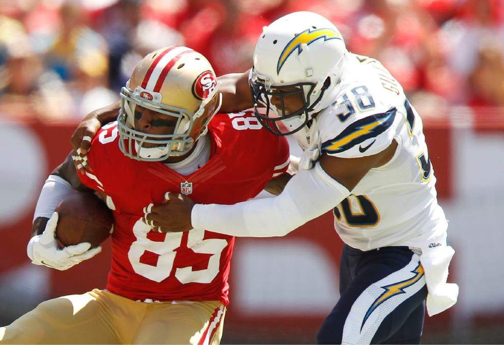 49ers beat Chargers _lowres