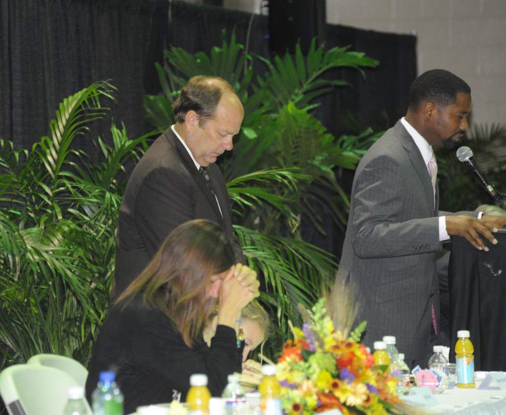 Mayor touts unified 'power of one' _lowres