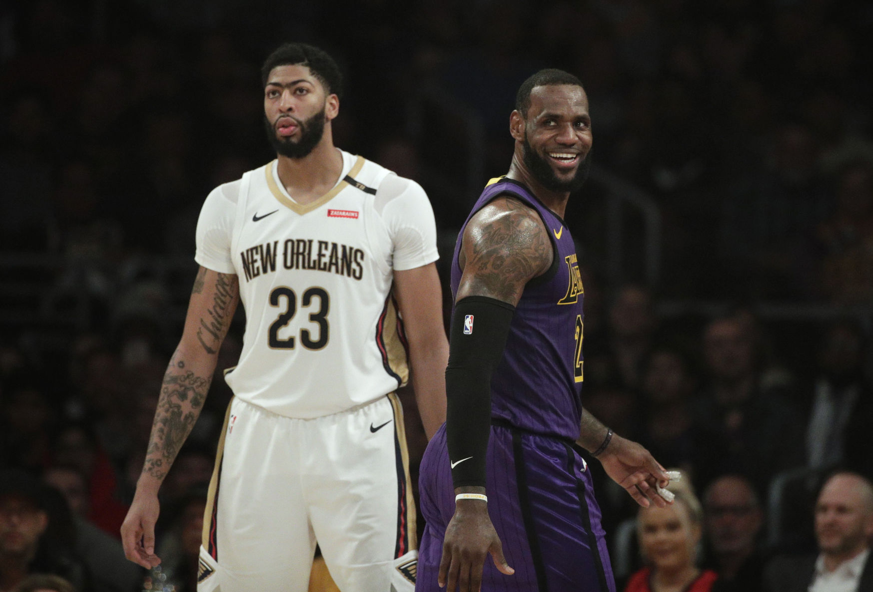 Anthony Davis' preferred trade destinations down to two: Lakers and Knicks, report says
