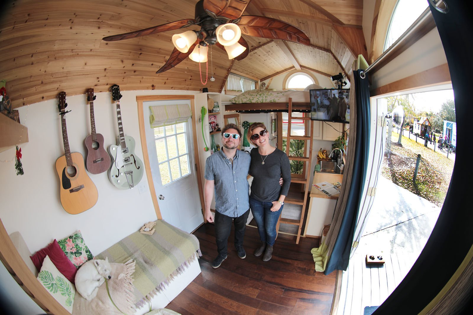 The small of it all: Tiny-house enthusiasts gather at Slidell festival