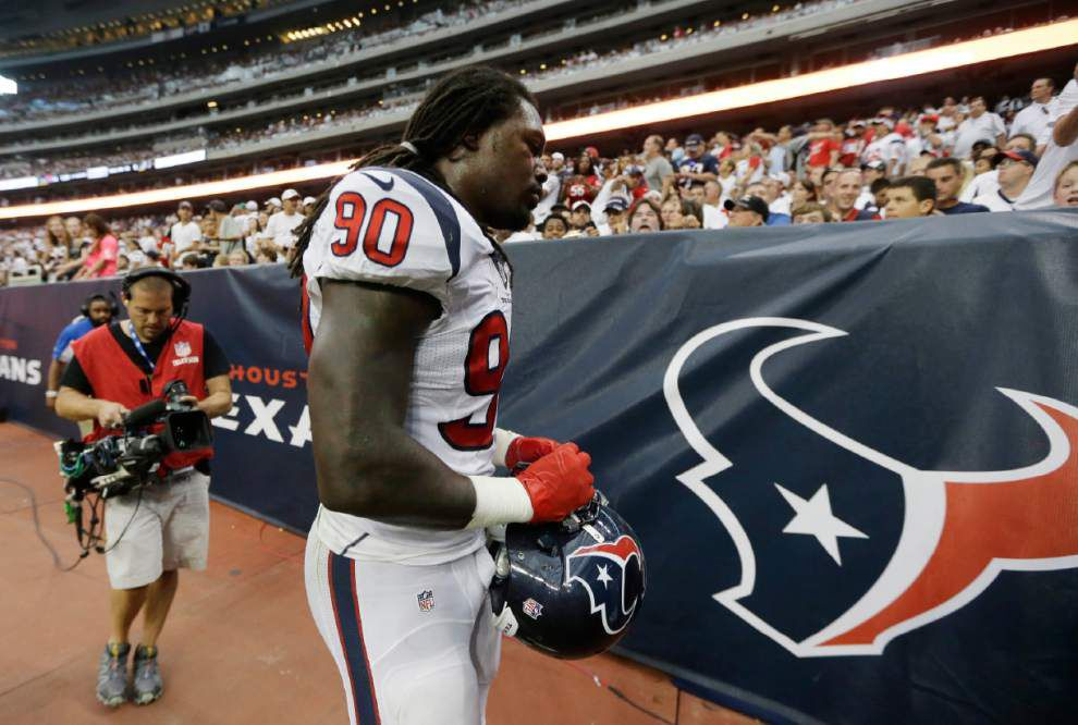 NFL Notebook: Jadeveon Clowney improving, looks to return soon _lowres
