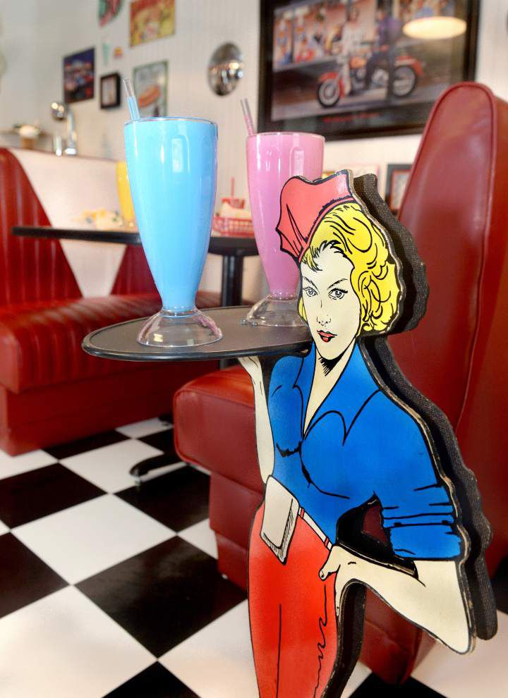 Fifties Sense: Plaquemine couple relives happy days with 1950s-style diner _lowres