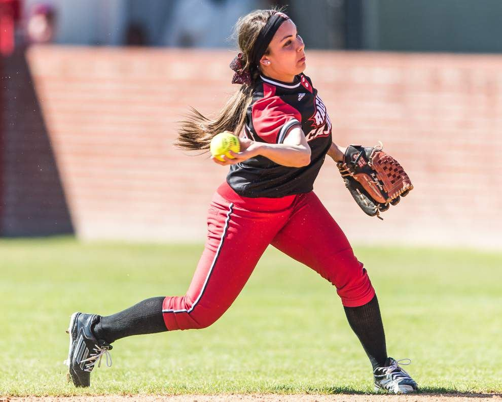 Position, lineup changes don't faze Cajuns' Haley Hayden _lowres