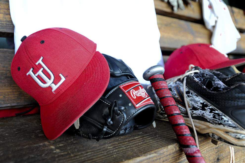 Cajuns-UALR baseball series pushed back a day by rain, now closing with noon Sunday doubleheader _lowres