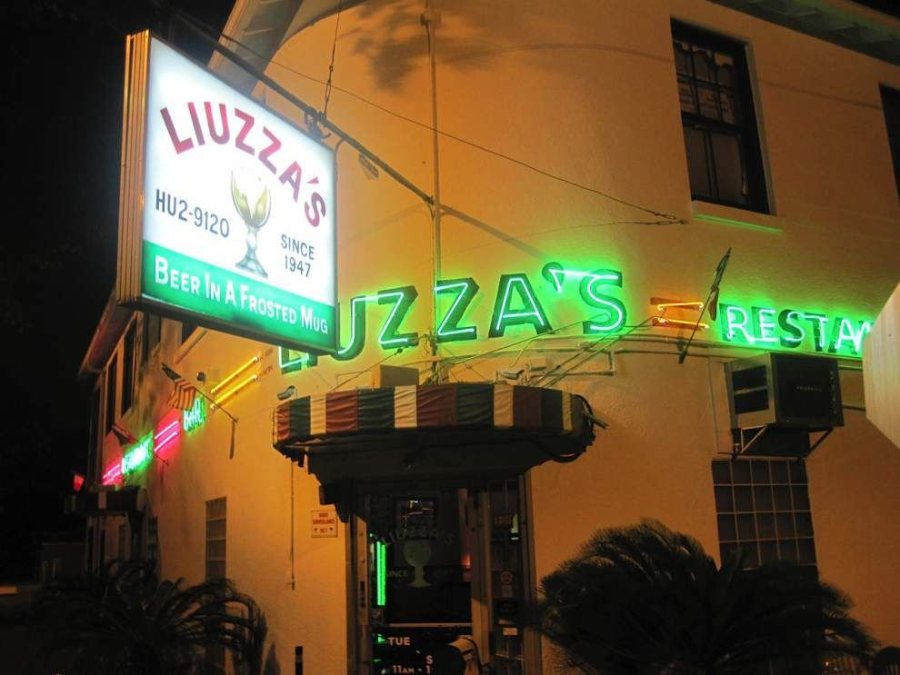 Restaurants evolve their own strategies to serve Jazz Fest revelers _lowres