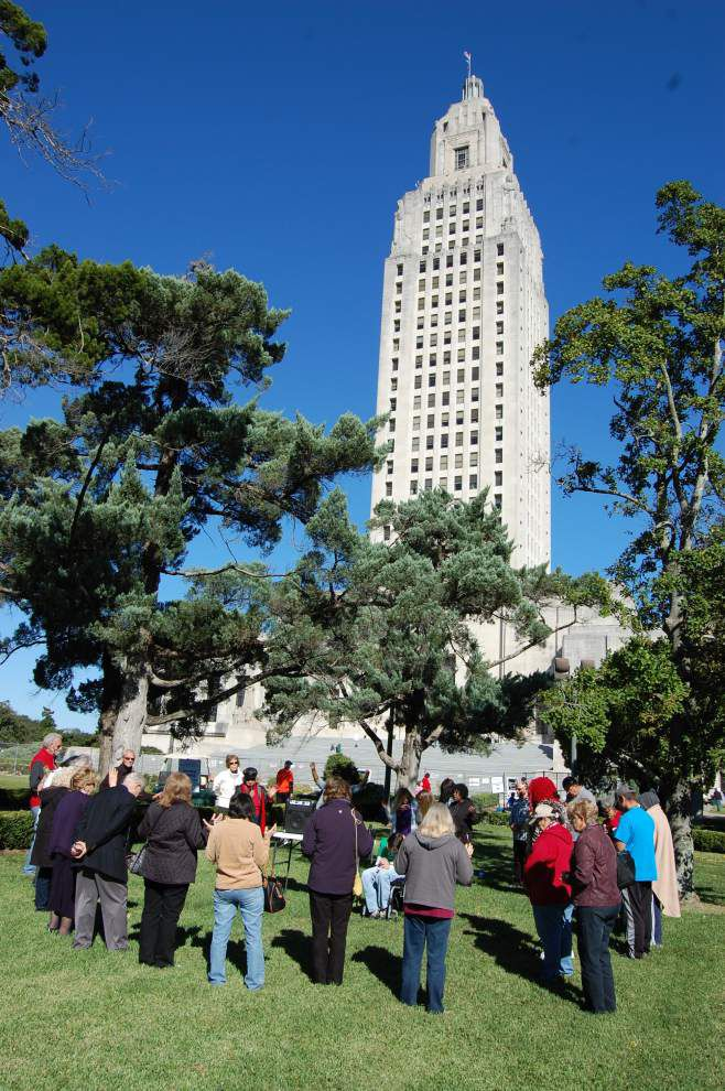 Prayer group asking for continued blessings for La. gathers outside State Capitol _lowres