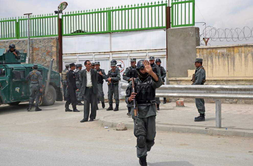 Afghan hospital guard kills 3 American doctors _lowres