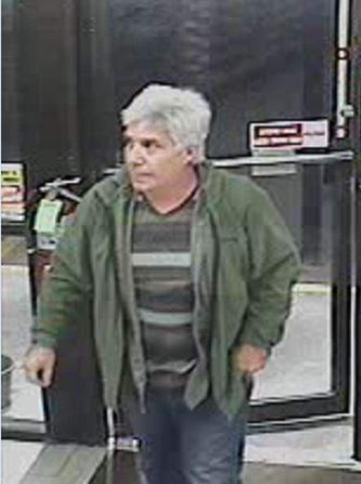 Screwdriver wielding Cracker Barrel thief wanted by East Baton Rouge Parish Sheriff's Office _lowres
